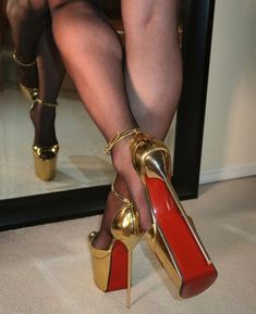 Sexy High Heels, Types Of High Heels, Extreme High Heels, Super High Heels, Beautiful High Heels, Sexy Legs And Heels, Hot Heels, Platform High Heels, High Heels Stilettos