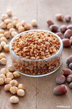 Caramelized Hazelnut Topping.