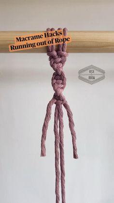 Macrame Plant Hanger Patterns, Macrame Wall Hanging Patterns, Macrame Patterns, Macrame Bracelet Diy, Macrame Knots, How To Macrame, Diy Crafts Jewelry, Macrame Design, Macrame Tutorial