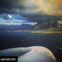 Benvenuti  a Cinisi benvenuti in Sicilia! #PortaDellaSicilia #aeroporto #falconeborsellino #palermo #palermosoho #palermocity #igerspalermo #cinisi #sky #sea #mare #volo#ryanair #instagood #instalike #instamood #instadaily #instapalermo #me #iphone6 #iphoneonly #iphonesia