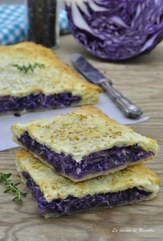 savory pie with red cabbage and ricotta – backen Healthy Breakfast Recipes, Vegetarian Recipes, Wine Recipes, Cooking Recipes, My Favorite Food, Favorite Recipes, Good Food, Yummy Food, Food Humor