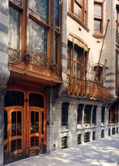 ARCHITECTURE (Curvilinear): Detailed view of Hotel Solvay by architect Victor Horta.