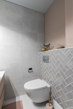 Small bathroom renovations 659777414141238882 - Pienen vessan iso remontti – – Source by Bathroom Furniture, Bathroom Interior Design, Small Toilet, Bathroom Cleaning Hacks, Bathroom Renovations, Bathroom Renovation Diy, Bathroom Cleaning, Bathrooms Remodel, Bathroom Decor