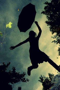 hisuix: perie: kagurazakaundergroundresistance: mcsgsym: add: deathmarch: yumyummediaworks: benbasso: kimrelaxin: atozfield: ruruan: (via micheeet) (via exposition, exposition, koma-ri) (via kagurazakaundergroundresistance)(via perie)(via hisuix)(via Rain Photography, Amazing Photography, Photography Ideas, Standing In The Rain, Under The Rain, Walking In The Rain, Under My Umbrella, Shadow Play, Mood