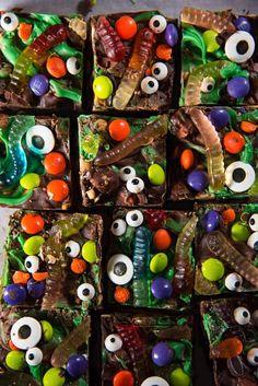 Halloween Finger Foods, Cute Halloween Treats, Halloween Sweets, Halloween Baking, Halloween Goodies, Halloween Food For Party, Halloween Birthday, Easy Halloween, Halloween Decorations