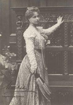 Crown Princess Marie of Romania, future Queen of Romania. Romanian Royal Family, Greek Royal Family, Romanian Flag, Vintage Photos Women, Royal Blood, Queen Mother, Kaiser, Queen Victoria, Belle Epoque