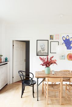 Blogger Tikkie adores pastel colors, why she has chosen a Reform Basis kitchen on her IKEA elements
