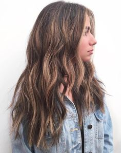 hair styles Cuts and styles for long thick hair 2018 - Hairstyle Fix Medium Hair Styles, Curly Hair Styles, Thick Long Hair Styles, Hair Medium, Long Layers Medium Hair, Style Long Hair, Hair Cut Styles, Long Length Haircuts, Haircut For Thick Hair