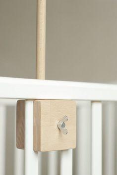 soporte móvil de la cuna de bebé / madera móvil del por Patricija