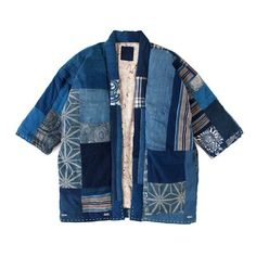 A Boro-inspired indigo-patchwork jacket. Mode Kimono, Kimono Jacket, Quilted Clothes, Sewing Clothes, Indigo, Kimono Fashion, Diy Fashion, Diy Kleidung, Denim Patchwork