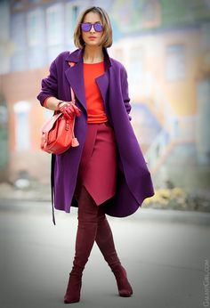 30 Easy Ways Brighten Up Your Drab Winter Wardrobe Pinned for the purple coat Fashion Mode, Look Fashion, Street Fashion, Fashion Outfits, Womens Fashion, Fashion Trends, Fashion Days, Fashion Beauty, Lila Outfits