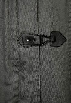 Chameo design inspiration_for more visit our free trend research area_ fashion-jacket-detail-textile-leather-black-stitches