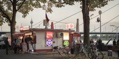 Fortuna-Büdchen am Rheinufer