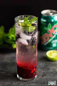 Virgin Blackberry Ginger Mojito - a refreshing drink to enjoy this summer! Made with Zevia, this refreshing drink is sugar free! If you have been following