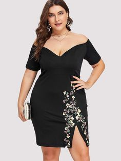 Shop Plus Off Shoulder Floral Print Split Hem Dress online. SHEIN offers Plus Off Shoulder Floral Print Split Hem Dress & more to fit your fashionable needs. The Dress, Dress P, Bodycon Dress, Slit Dress, Dress Clothes, Peplum Dress, Modelos Plus Size, Curvy Dress, Plus Size Dresses