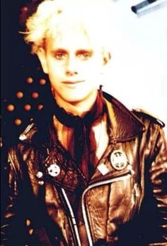 Martin Gore of Depeche Mode Mr Martin, Martin Gore, Band Pictures, More Pictures, Gothic Rock, Post Punk, Great Bands, 1980s, Singers