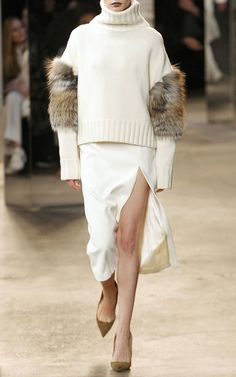 Sally LaPointe Look 1 on Moda Operandi