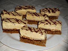 Violetta szelet **Katt a képre, ha érdekel a receptje is** Banana Dessert, Dessert Bread, Dessert Recipes, Romanian Desserts, Romanian Food, Croatian Recipes, Hungarian Recipes, Ital Food, Health Desserts