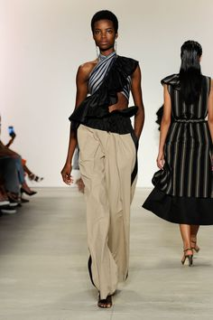 #NYFW: Tome Spring/Summer 2016. Click through to see more: http://nyfw.com/tome.