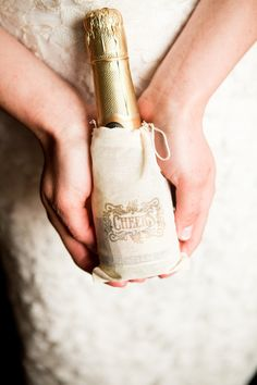 Half bottle of champagne - nice party favor for your guests.
