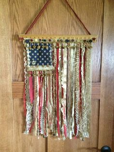 My mom's beautiful flag wall hanging! Patriotic Wreath, Patriotic Crafts, Fabric Banners, Mountain Crafts, Memorial Day Celebrations, Americana Crafts, Rag Rug Tutorial, Wall Art Crafts, Flag Art