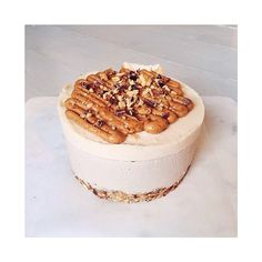 Sky high banoffee pie. Dropped off today to the lovely @evajevers A half sized banoffee raw cheesecake #banoffee