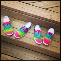 DIY tie dye shoes!
