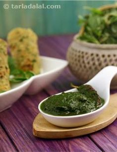 You are sure to be using cowpea, and even its vegetable, quite commonly in your cooking. Have you ever tried using its leaves, which are a storehouse of vitamin c and iron? chawli bhaji is a simple but tasty preparation of chawli greens. A puree of the greens tempered with a traditional combination of mustard, urad dal and chillies that is very common in south indian cooking, results in a brilliantly tasty and healthy accompaniment.