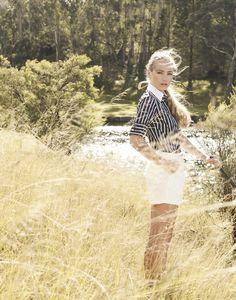 Simply Beautiful World: Corrie Bond