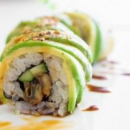 Catapillar Roll - rice is enshrouded with thin slices of overlapping avocado. With stripes of dark kabayaki sauce drizzled on top, and sesame seeds dotting the roll, it doesn't take a stretch of the imagination to see the resemblance.