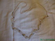 Colar de miçangas com contas e cristais transparentes e brancos R$ 22,00