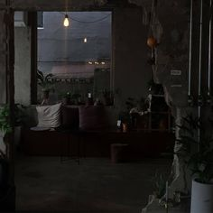 night ~ room ~ home ~ dark ~ window Night Aesthetic, Aesthetic Themes, Aesthetic Photo, Aesthetic Pictures, Dark Black, Look Dark, Dark Feeds, Lila Baby, Night Vibes
