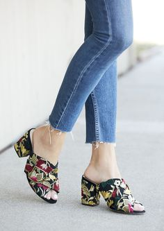 Embroidered mules with chic oversized buckles. Make a statement by pairing these shoes with casual fall outfits, or complement your holiday party dresses. Dresses To Wear To A Wedding, Holiday Party Dresses, Cute Sandals, Casual Fall Outfits, Fashion Boots, Me Too Shoes, What To Wear, Shoe Boots, Womens Fashion
