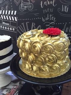Love this golden rose Hollywood birthday party! See more party planning ideas at CatchMyParty.com!