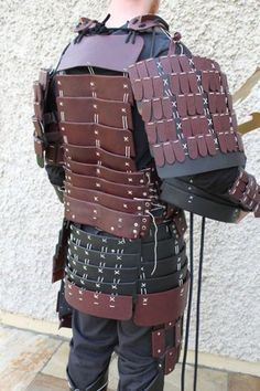 Picture of Finished Armour Samurai Armor Diy, Samurai Warrior, Cosplay Armor, Cosplay Costumes, Noh Theatre, Clever Halloween Costumes, Nice Curves, Arm Armor, Medieval Armor