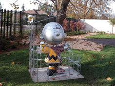 Charles Schulz Museum in Santa Rosa..need to take my son here.