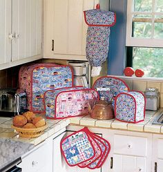Delicieux Here Is A Pattern With All Your Kitchen Essentials At Your Fingertips!  Includes Patterns And Instruc
