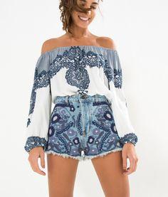short jeans bordado flor