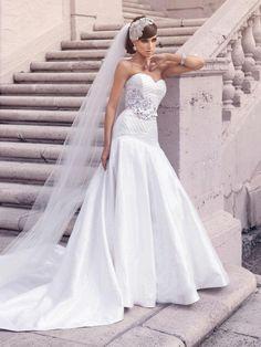 One of Kind Jorge Manuel Wedding Dresses.