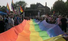 Natsi-Venäjä; Uusi kampanja kannustaa venäläisiä ilmiantamaan homoseksuaalit naapurinsa #seksuaalinen tasa-arvo #ihmisoikeudet #seksuaalisuus
