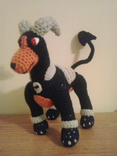 This is the next requested item from a customer of mine on Etsy. Houndoom is the evolution of Houndour and has a Mega evolution. Houndoo...