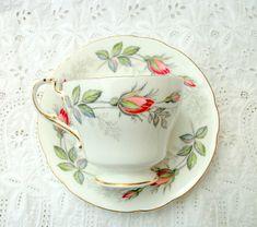 China Vintage - modelo nupcial rosa - hueso china taza y plato - regalo boda…