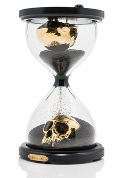 Concept The contemplation of finite time, life, death, and beauty. Each piece resembles a traditional hourglass, but at the bottom of each glass compartment a gold plated animal skull is mounted. The hourglasses of varying sizes are. Skull Decor, Skull Art, Gold Skull, Goth Home, Gothic Home Decor, Gothic House, Black Sand, Home And Deco, Skull And Bones