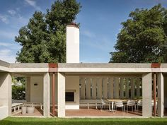 Subiaco House — Vokes and Peters Public Architecture, Australian Architecture, Residential Architecture, Architecture Details, Interior Architecture, Outdoor Living, Outdoor Decor, Pergola, Cottage