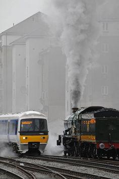 ricardo:trenes de mercancías y trasporte de personas
