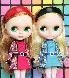 Retro stylin it Blythe Twins