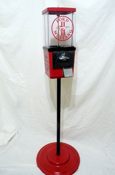 Vintage KOMET 25 ¢ Gumball Machine that has been completely restored and themed to Ford Mustang This Machine comes complete with all original components including: * Machine Base & Body – Black & deep Mustang Humor, Ford Mustang, Mike And Ike, Gumball Machine, Vending Machine, Online Games, Game Room, Man Cave, Restoration