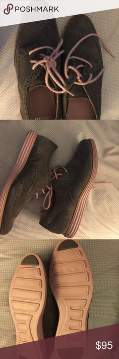 Women's cole haan zero grand NWOT 8.5 new gray with pale pink trim . New never worn. Amazing shoes I bought them and decided I didn't need them. Retail 150. Cole Haan Shoes Flats & Loafers