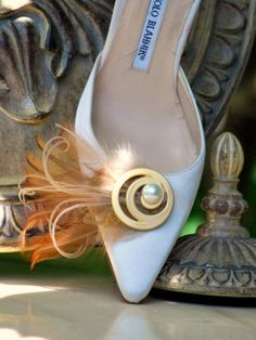 Shoe Clips Golden Feathers 'n Swirl Bride Bridal by sofisticata, $55.00-How cute are these!