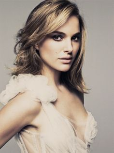 """Love her...shes so good in the movie """"No String Attached"""" -Natalie Portman"""